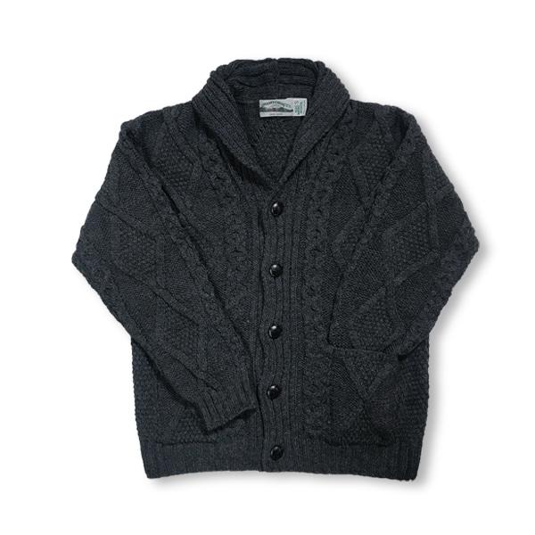 [ARAN CRAFTS] ARAN PATTERN BUTTON CARDIGAN SH 4139 'CHARCOAL'